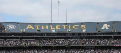 Oakland Coliseum (Wikimedia Commons - wikimedia.org)