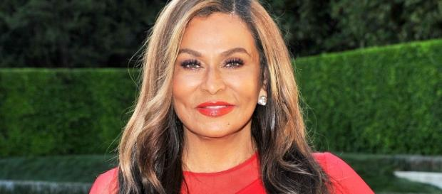 Beyonce's Mom Tina Knowles Lawson - Screenshot from US Magazine, YouTube