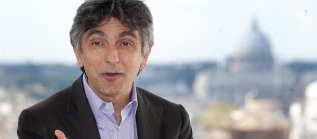 Terribile lutto per Vincenzo Salemme, la notizia poco fa su ... - leggo.it