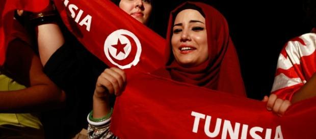 TUNISIA: NUOVA COSTITUZIONE VERSO LA PARITA' DI GENERE, MA È ... - fondazionebellisario.org
