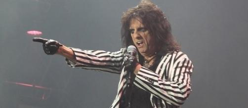 Alice Cooper's $10 million storage locker find. Photo Wikimedia Commons