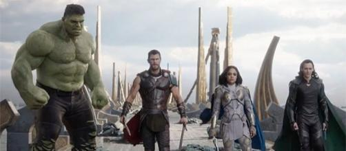 Comic-Con news: 'Thor: Ragnarok' director explains why Hulk can talk - Photo: 'Thor Ragnarok' trailer screenshot