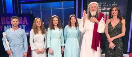 Inri Cristo no programa 'Luciana By Night' da RedeTV!