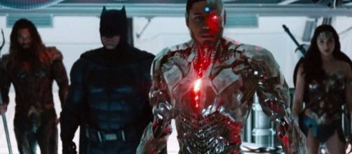 'Justice League' 2017 SDCC trailer (via YouTube - Movieclips Trailers)