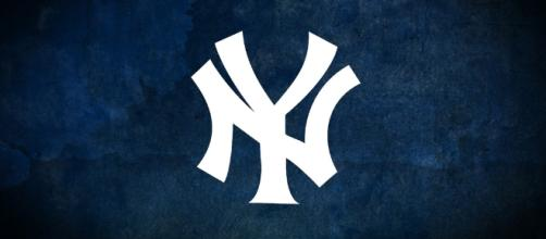 NY Yankees logo courtesy of Flickr.
