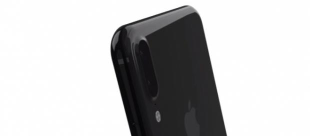 Apple's iPhone 8 latest leaks suggest the flagship device will not hit the store shelves soon -- EverythingApplePro / YouTube