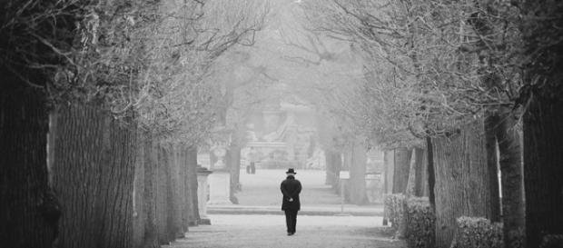 Lonely Walk by mariomencacci http://mariomencacci.deviantart.com/