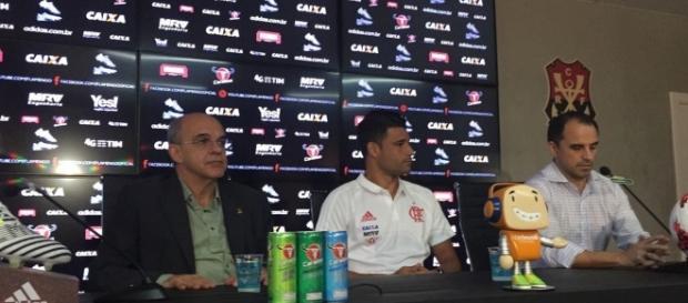 Problema do jogador foi revelado em entrevista coletiva. ( Foto: Reprodução)