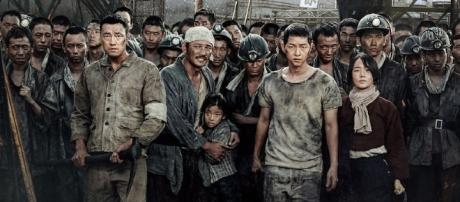 """The cast of """"The Battleship Island"""" (via free pre-release promotions by CJ Entertainment)"""