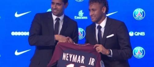 La conférence de Neymar au Parc des Princes