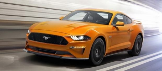 2018 Ford Mustang Revealed: Drops V6, Adds Magnetic Dampers - thesupercarblog.com