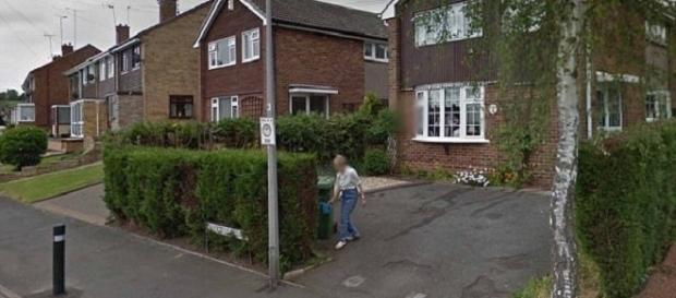 Beryl Turton ainda está retratada nas imagens Google (Foto: Google Streetview)