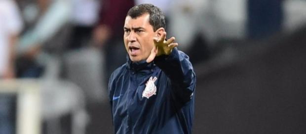 Carille cita Jô e deve poupar jogadores na Sul-Americana. ( Foto: Rerodução)