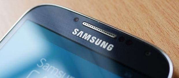 Samsung My Knox app error is causing handsets to lose data / Photo via Karlis Dambrans, Flickr