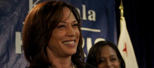 Senator Kamala Harris says she will stand with the transgender community. [Image via Flickr/Steve Rhodes]