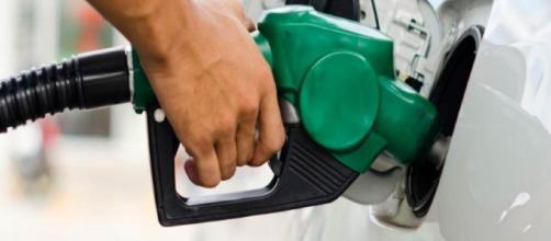 Aumento dos tributos sobre os combustíveis é mantido - Google
