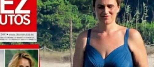 Carlota Corredera luce 'tipín' en bañador en Mallorca