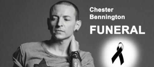 Família de Chester Bennington liberou informações sobre funeral
