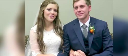 Joy-Anna Duggar and Austin Forsyth on their wedding day--Image via Duggar Family: Breaking News/YouTube