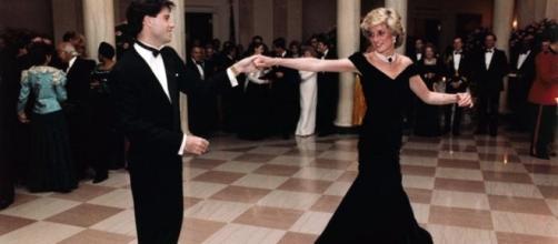 Princess Diana dancing with actor John Travolta (Wikimedia Commons).