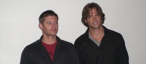 Supernatural star, Jared Padalecki and Jensen Ackles/ Kristin Dos Santos via Wikimedia Commons