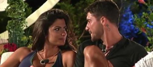 Temptation Island 2017: Alessio Bruno e Carmen Rimauro.