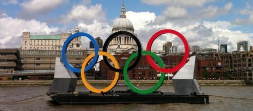 The Olympics Rings (wikimedia.org)