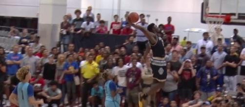 Zion Williamson flushes home a powering dunk - MaxPreps/Youtube