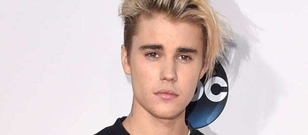 Justin Bieber deu pausa na carreira para se dedicar à religião