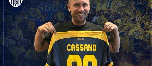 Clamoroso Cassano, decide di ritirarsi dopo aver firmato con il ... - toniiavarone.it