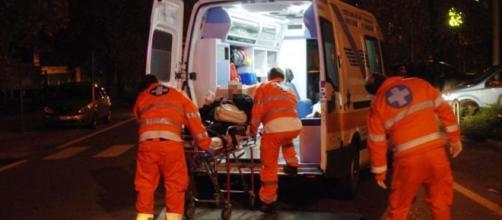 Incidente in scooter in provincia di Mantova: l'impatto con l'asfalto è stato fatale per un centauro (foto di repertorio)