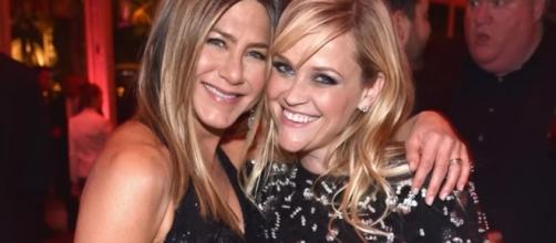 Jennifer Aniston, Reese Witherspoon - YouTube screenshot | E! News/https://www.youtube.com/watch?v=3JRi5njyyoA