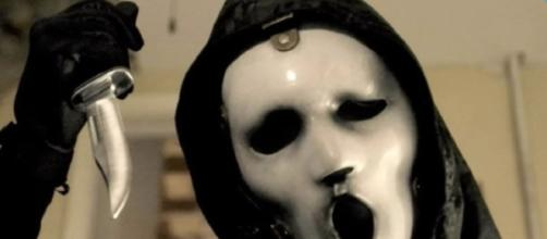 MTV's Scream Renewed for Season 3 and a Halloween Special - Wochit Entertainment/YouTube