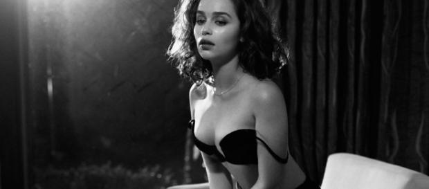 Game of Thrones Emilia Clarke scènes de sexe