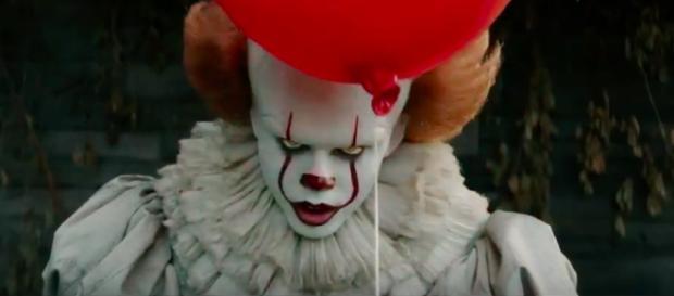 IT, il nuovo terrificante trailer dove il clown mostra finalmente ... - bitchyf.it