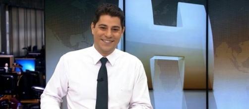 Evaristo Costa apresentando o 'Jornal Hoje'