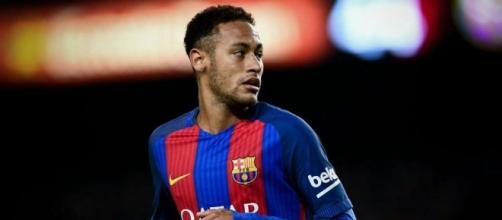 Neymar aurait annoncé son arrivée aux brésiliens de Paris ... - les-transferts.com