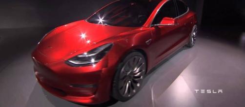 Tesla Model 3 / Photo via YouTube.com