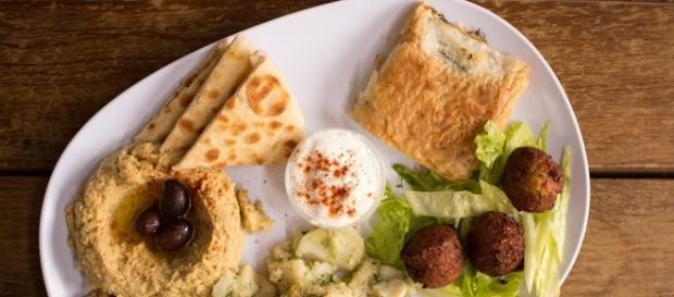 Free photo Falafel Greek Food Authentic Greek Hummus Mezes - Max Pixel - freegreatpicture.com