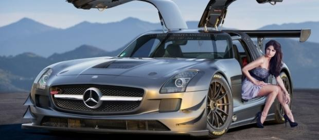Mercedes-Benz SLS AMG | [Photo credit: Flickr]