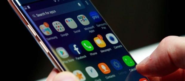The Samsung Galaxy Note 8 / Photo via [Image source: Youtube Screen grab]