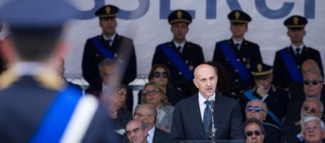 CHI SARÀ IL SUCCESSORE DEL CAPO DELLA POLIZIA, UN POLIZIOTTO O UN ... - infodifesa.it