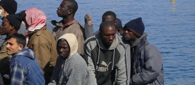 Immigrazione, ecco le tariffe per gli sbarchi in Italia. I numeri ... - formiche.net