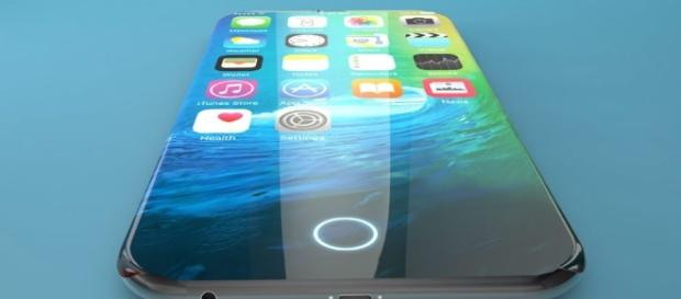 iPhone 8: latest leaks confirms design, video shows all sides of the device.