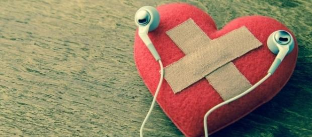 Mending a broken heart with brain training exercises | Photo from rodalewellness.com