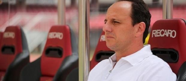 Rogério ficou à frente do São Paulo em 36 partidas