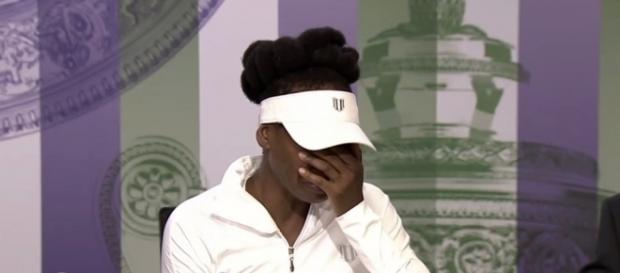 Venus Williams cries at press conference/ [Image source: Youtube Screen grab]