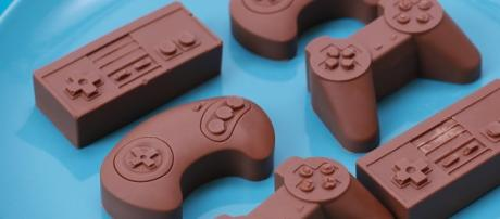 Chocolate gaming controllers (Image Source: YouTube/Rosanna Pansino)