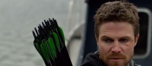 """Arrow"" season 6 premiere episode will feature Oliver's grief (via tvpromosdb - YouTube)"