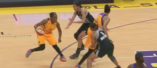 Chelsea Gray and the Los Angeles Sparks take on the Dallas Wings on Sunday. [Image via WNBA/YouTube]